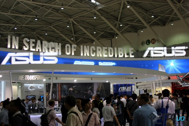 computex-2013_asus-stand_01