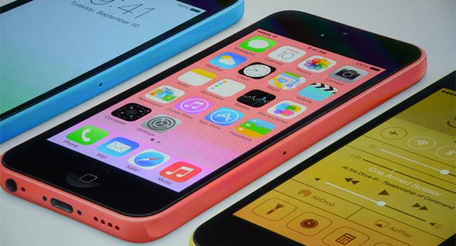 Apple представила «бюджетный» смартфон iPhone 5C в пластиковом корпусе