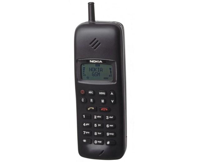 GSM-телефон Nokia 1011 (1992 год)