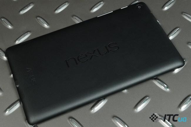 Nexus7-2013-InUse (30)