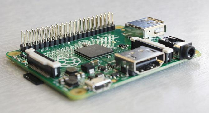 Компьютер Raspberry Pi стал еще компактнее, доступнее и экономичнее