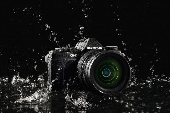 E-M5MarkII_BLK_M1240_BLK_splashproof.0.0