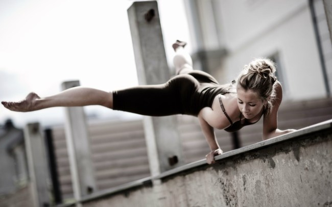 girl-fitness-workout-wide
