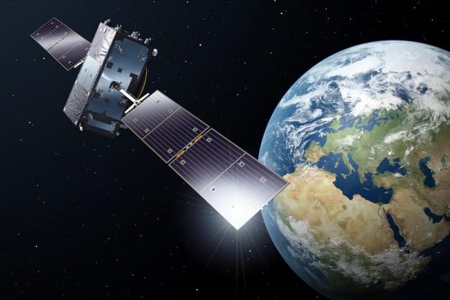 Satellite_in_orbit (1)