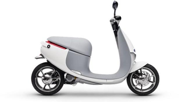 Gogoro разработала электрический скутер Smartscooter со сменными батареями