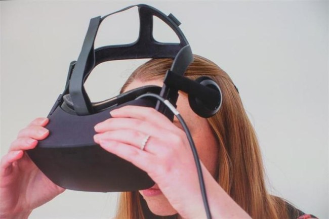 zdnet-cnet-oculus-rift-virtual-reality-3