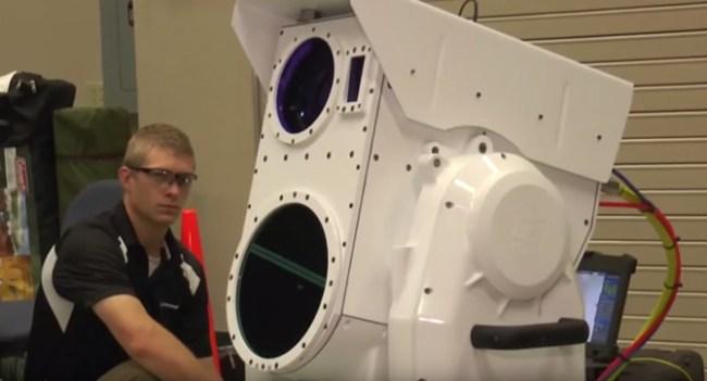 Boeing показала процесс уничтожения БПЛА при помощи лазерной установки