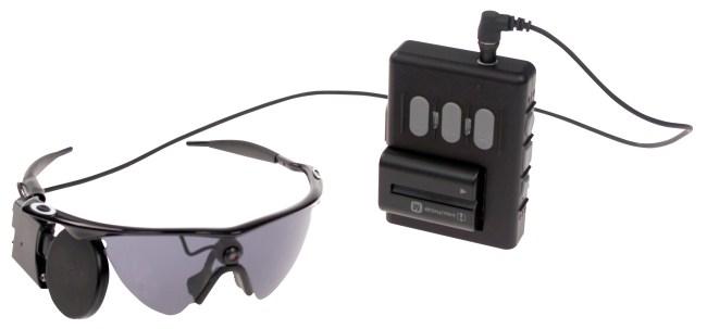 Внешний комплект аппаратуры «бионического глаза» Argus II