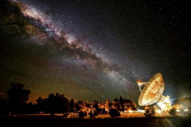 Parkes-Telescope-NSW-Australia