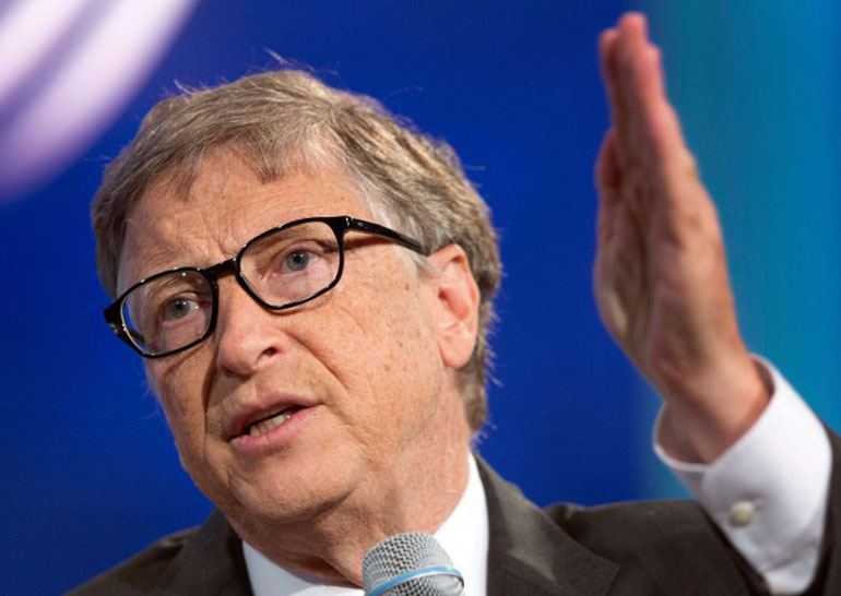 Билл Гейтс считает, что Apple следует разблокировать смартфон террористов