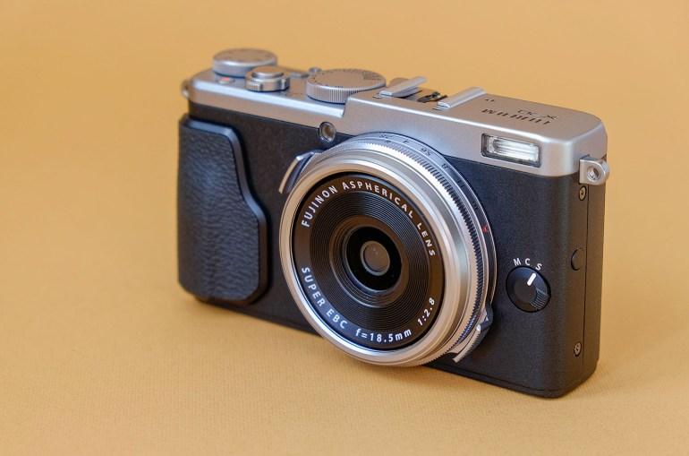 Fujifilm_X70