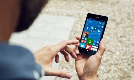 Microsoft увеличивает максимальную диагональ экрана для устройств с Windows 10 Mobile до девяти дюймов