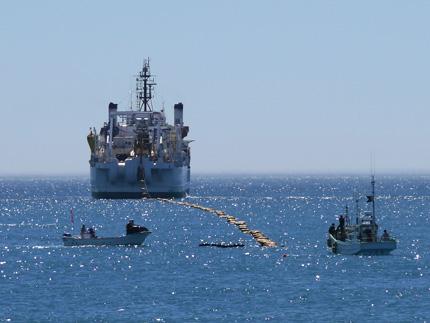 Google и ряд компаний запустили высокоскоростной подводный кабель, соединяющий США и Японию