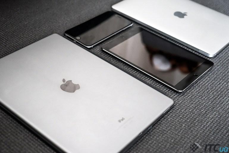 38-iPad-Pro-12-9-InUse