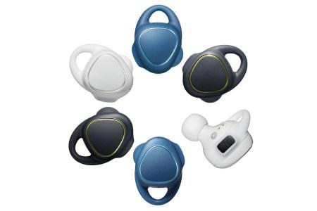 Представлены беспроводные наушники Samsung Gear IconX с 4 ГБ флэш-памяти и упором на отслеживание физической активности