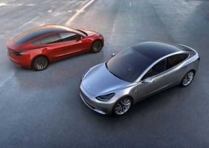 Владельцам Tesla Model 3 предстоит платить за пользование станциями Supercharger, в отличие от обладателей моделей S и X