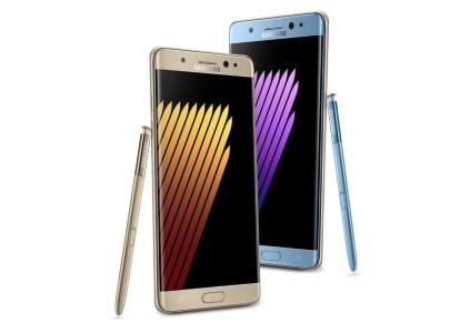 Компания Samsung сместила старт продаж смартфона Samsung Galaxy Note7 в Украине почти на месяц — с 2 на 30 сентября