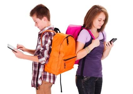 Vodafone Украина: 9 из 10 родителей считают, что в «школьный портфель» обязательно должен входить смартфон и 3G-интернет