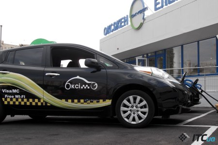 Как работает первое в Киеве электротакси «Окси-Такси»