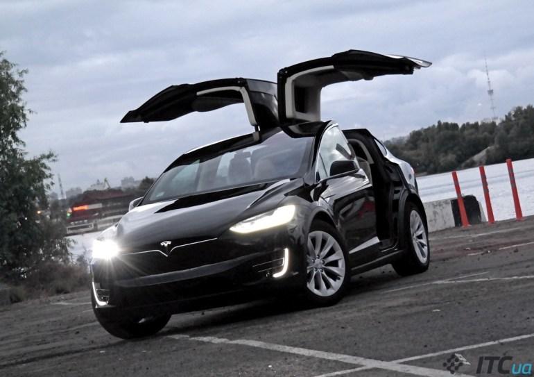 Tesla Model X в Украине: детальное знакомство