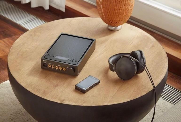 Sony выпустила комплект аудиофильской техники Signature Series, включая позолоченный плеер NWM1Z Walkman с ценником $3200