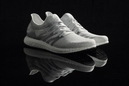 Adidas показала первые кроссовки, сделанные на новой робофабрике с использованием технологии 3D-печати