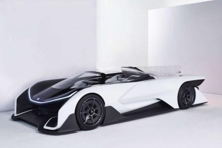Faraday Future представит на CES 2017 свой первый серийный электромобиль премиум-класса