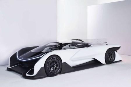 Электромобили Faraday Future получат аккумуляторы LG Chem с максимальной для автомобильной отрасли энергетической плотностью