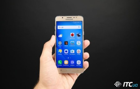 Samsung готовит очередное обновление смартфона Galaxy J7