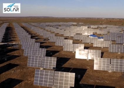 На Днепропетровщине запустили третью очередь уникальной для Восточной Европы трекерной солнечной электростанции [видео]