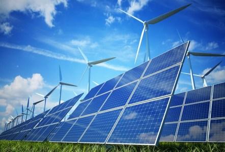 Мощности электростанций на возобновляемых источниках энергии впервые в истории превысили мощности угольных электростанций