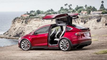 Consumer Reports: «Благодаря» Model X компания Tesla попала в список самых ненадежных автобрендов в США