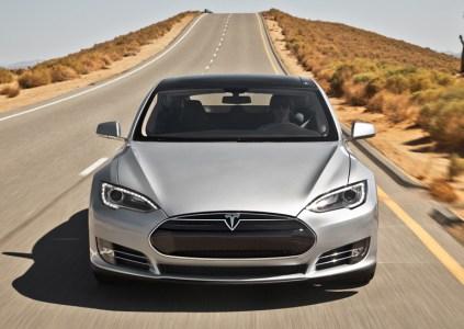 В Украине упростили сертификацию электромобилей и других транспортных средств из США