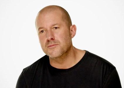 «Как от козла молока»: Джонатан Айв о пользе сенсорных дисплеев в компьютерах Apple Mac