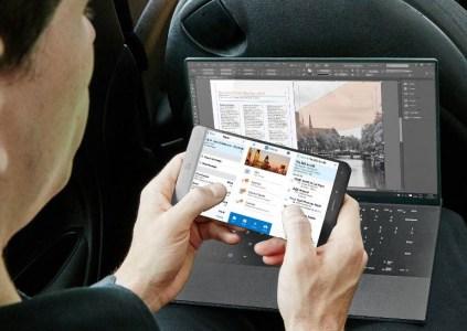 Появились изображения отмененного смартфона Dell с ноутбучным x86-процессором Intel и настольной версией Windows 10
