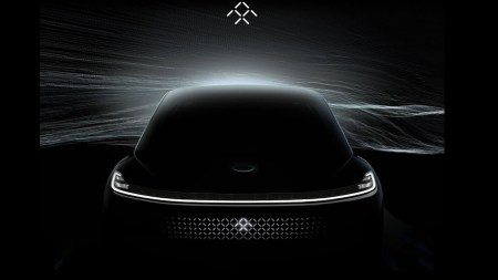 Новые рекламные видеоролики и концептуальные изображения грядущего электромобиля Faraday Future