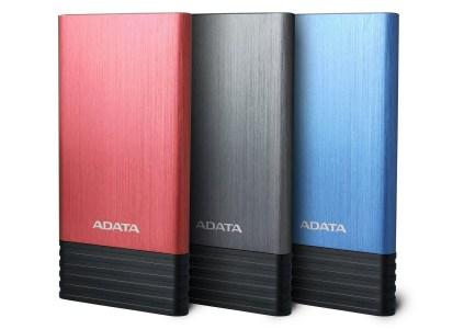 ADATA X7000 — новый внешний аккумулятор на 7000 мАч с двумя USB-портами в стильном, тонком и прочном корпусе