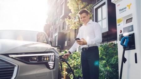 Будущее электрозарядок: YASNO E-mobility о развитии своей сети в Украине и растущих запросах рынка