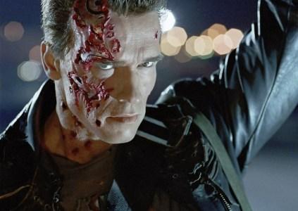 Он вернётся: в августе в прокат выйдет 3D-версия фильма «Терминатор 2: Судный день». На очереди «Чужие»