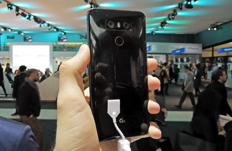 Первый взгляд на LG G6