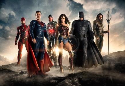 Бэтмен, Флэш и Аквамен: появились первые тизер-трейлеры супергеройского боевика «Лига справедливости»