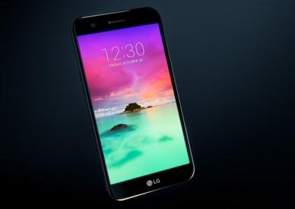 В Украине начались продажи нового смартфона LG К10 (2017) по цене 5399 грн