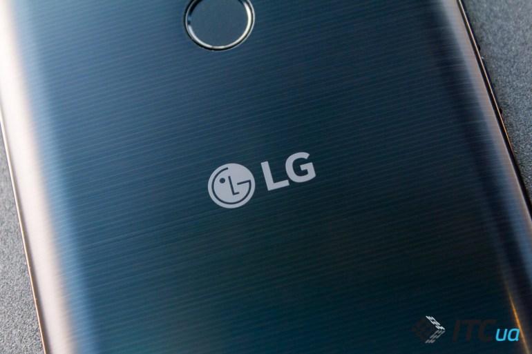 Обзор смартфона LG K10 (2017)