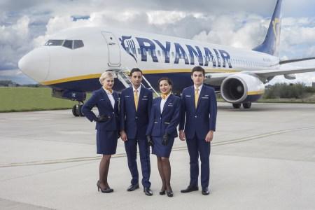 Глава аэропорта Борисполь предлагает использовать для Ryanair и других лоукостеров аэродром Гостомель, а на базе Борисполя развивать международный хаб (Омелян считает это ошибкой)