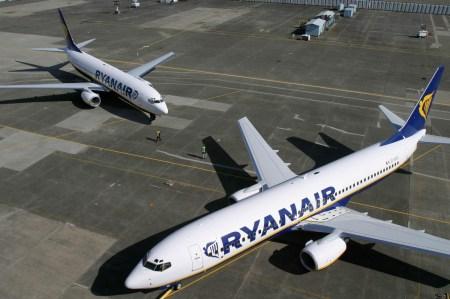 Лоукостер Ryanair запустит рейсы Киев-Лондон и Львов-Лондон на два месяца раньше, чем планировалось
