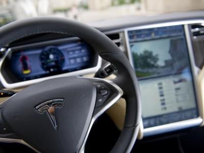 Consumer Reports снизил рейтинг электромобилей Tesla из-за медлительного внедрения системы автоматического экстренного торможения