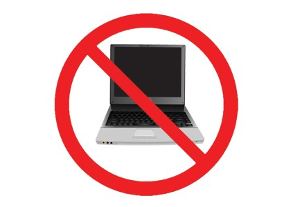 США планируют запретить перевозку ноутбуков в салонах самолётов и для рейсов из Европы, но при этом возникают новые риски