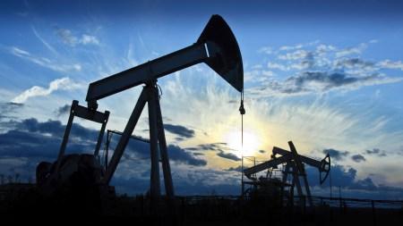 Эксперты Bloomberg проанализировали влияние электромобилей на рынок нефти