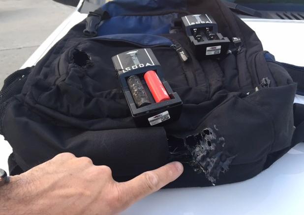 Из-за возгорания батареи в рюкзаке пассажира самолёт вынужден был совершить экстренную посадку
