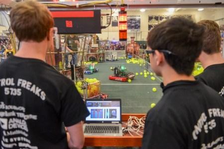 Українці вирушать до США на перші «олімпійські ігри з робототехніки» FIRST GLOBAL Challenge